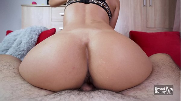 Bubble Butt GF Gets Fucked In Pov – Huge Cumshot On Ass